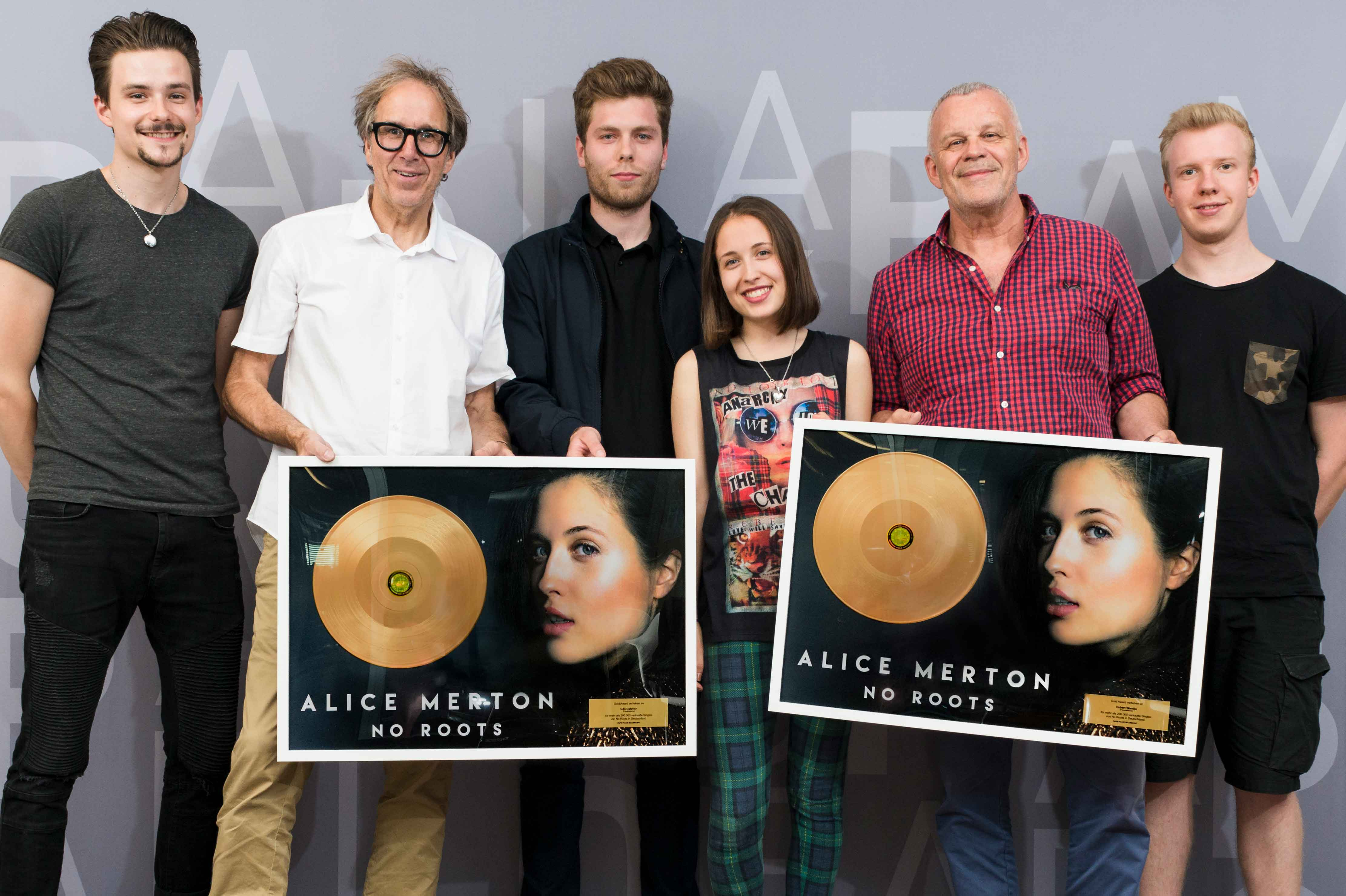Gold for Alice Merton and the Popakademie